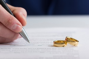 Minimizing the Financial Impact of Divorce
